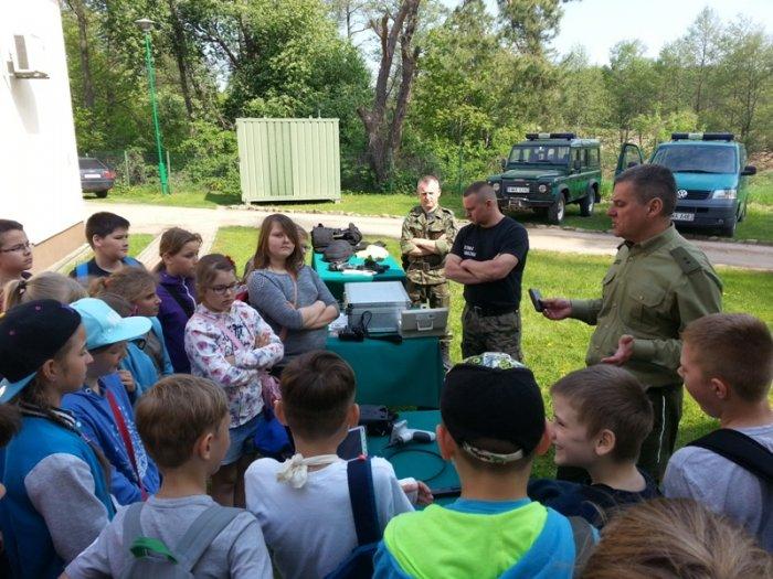 Uczniowie naszej szkoły zwizytą wStraży Granicznej wRutce-Tartak